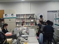 オフィス内取材風景第三.jpg