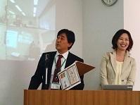 総理と女子アナ.jpg