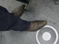 とがった靴.JPG