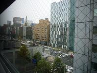 朝カラ窓の外.JPG