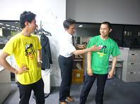 猛暑H田とTシャツ.JPG