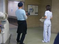 病院カメラ追う.jpg