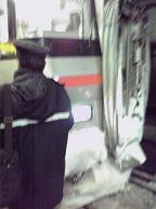 雪だらけ列車.JPG